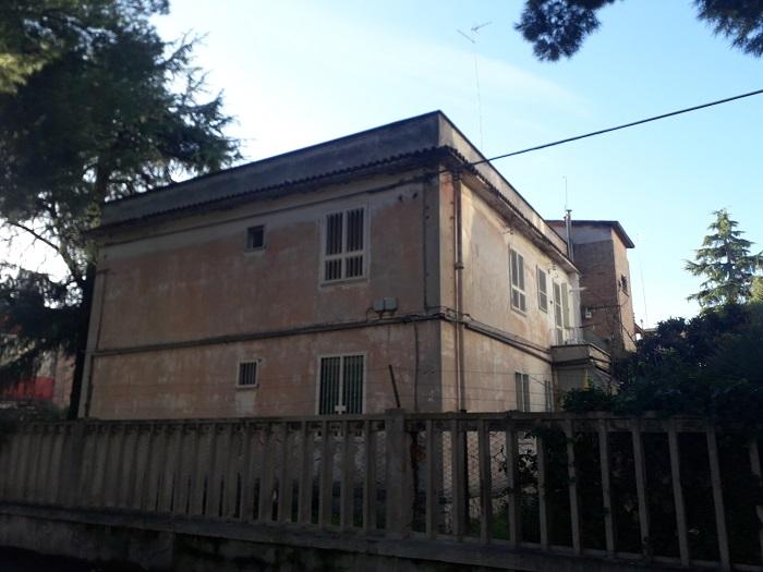 Via Federico Confalonieri